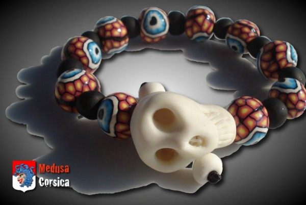 bracelet fantaisie avec des yeux et un crâne fluo