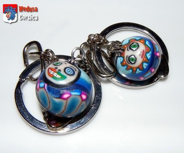 perle dondolo-dondola, cul en froc et top à deux faces