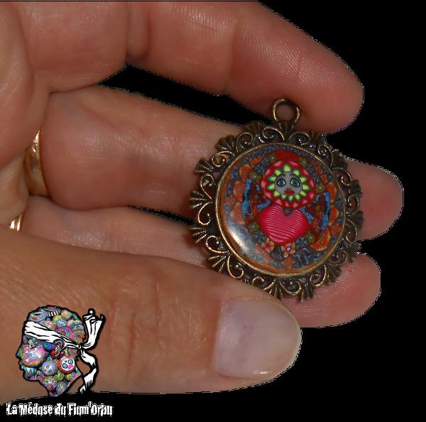 mini médaillon avec canne millefiori femme soleil coeur de fleur