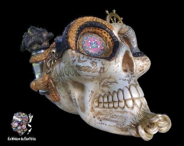 2690_Crâne d'argile, sculpture Steampunk.