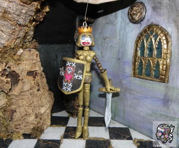 Chevalier Medusette en armure avec épée et bouclier